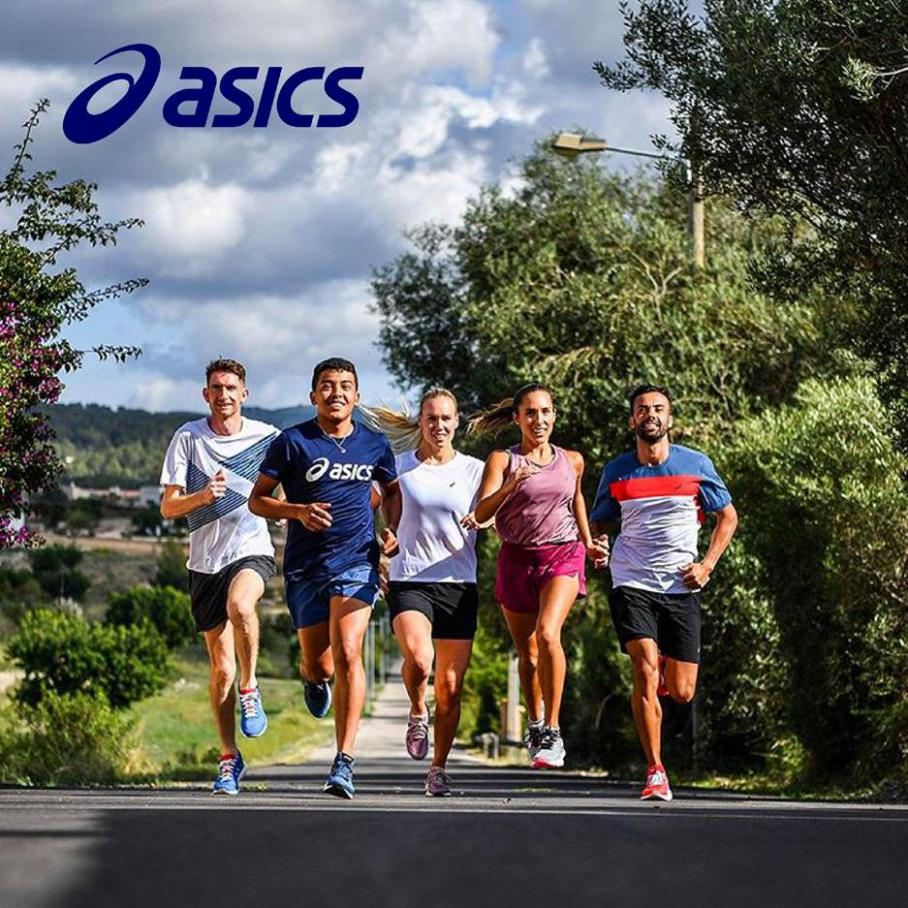 Sport collection . Asics (2020-05-23-2020-05-23)