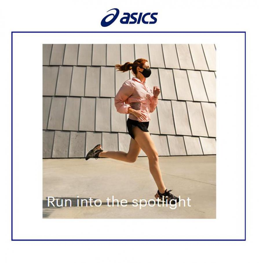 Run Into the Spotlight . Asics (2021-03-15-2021-03-15)