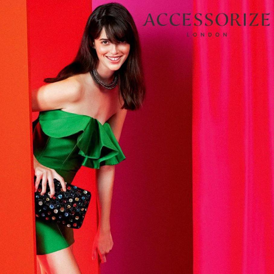 Glam style . Accessorize (2021-04-03-2021-04-03)